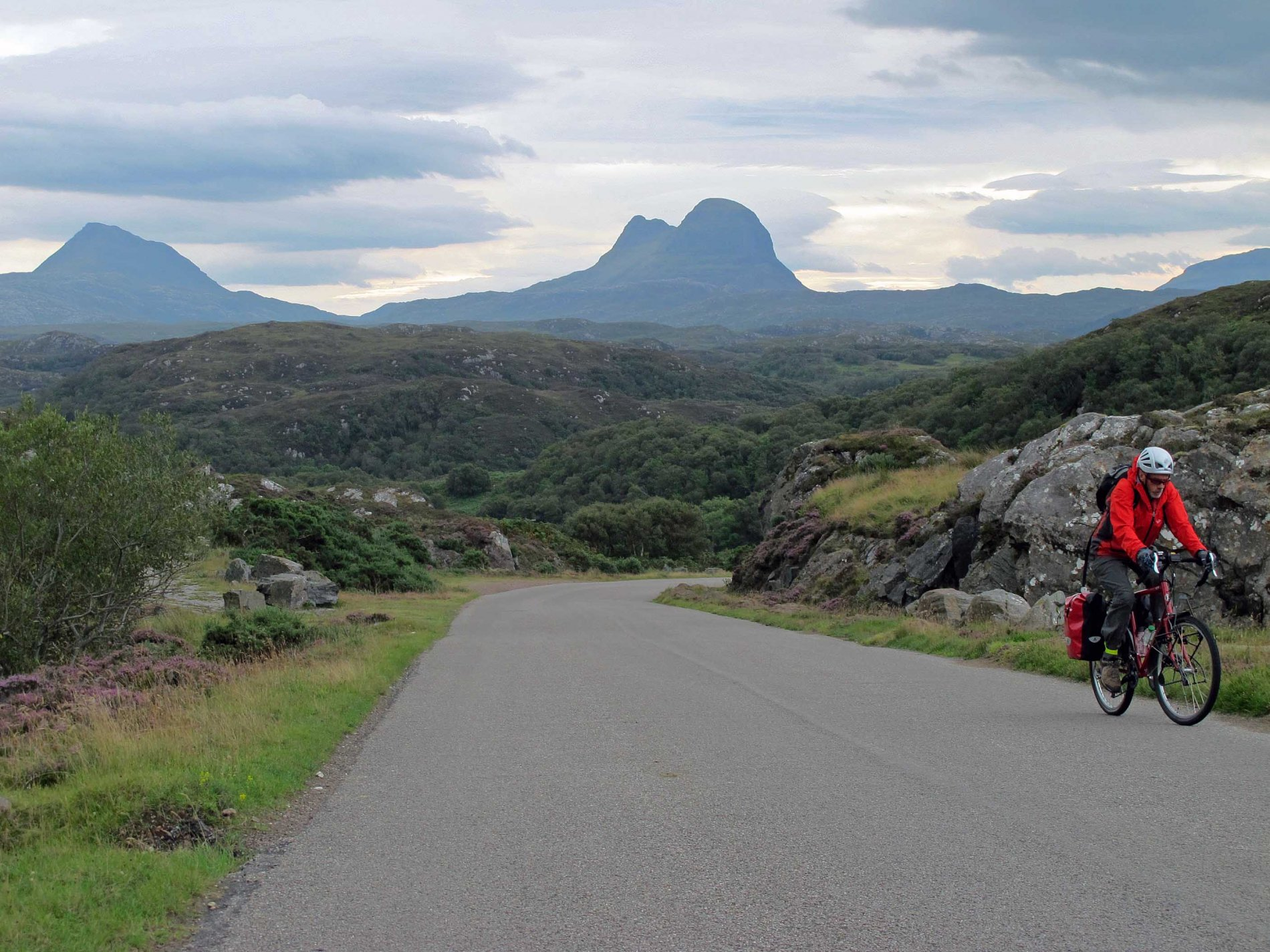 North West Scotland Cycle & Sea-stacks.  